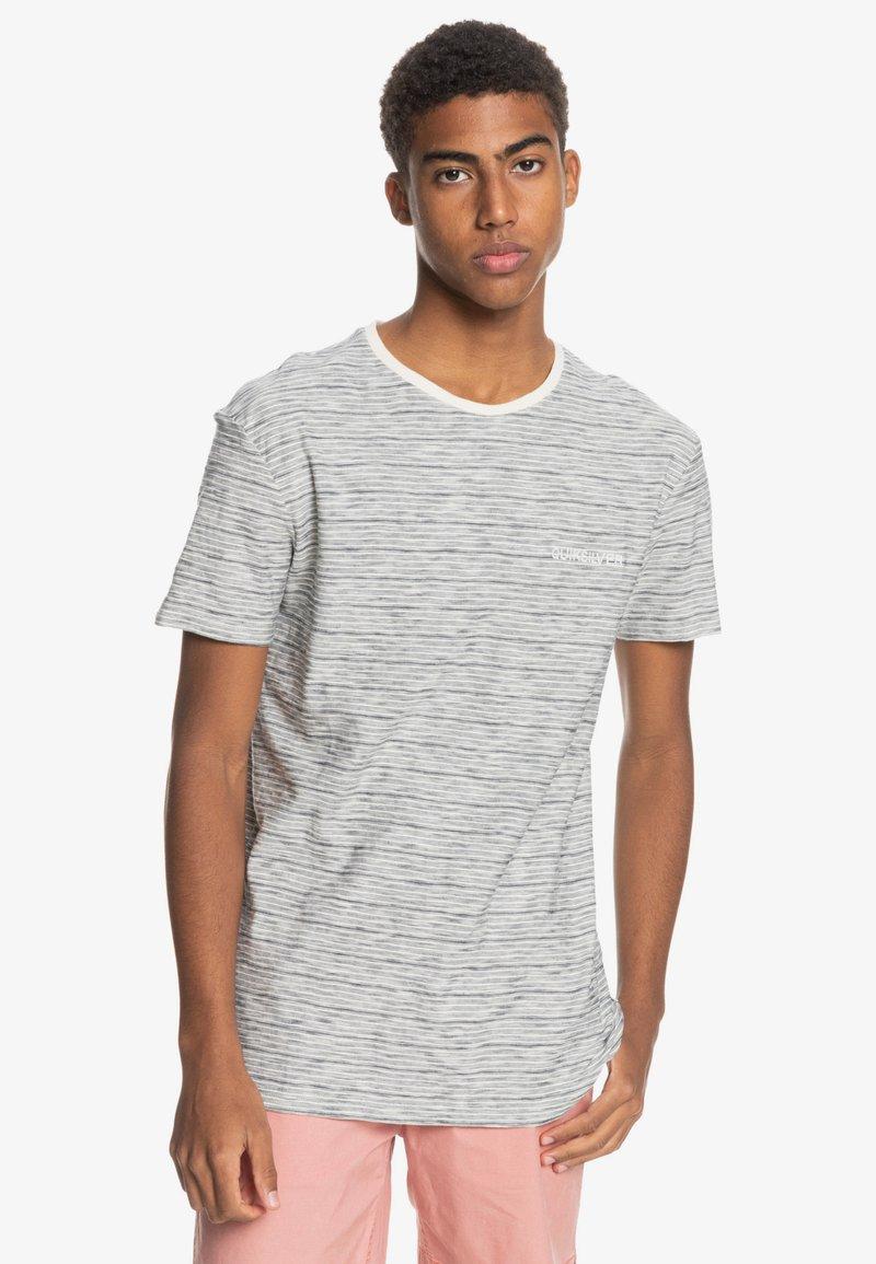 Quiksilver - KENTIN - Print T-shirt - kentin antique white