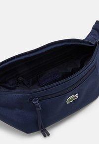 Lacoste - WAIST BAG UNISEX - Bum bag - navy - 2