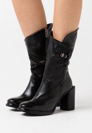 Botas de tacón - nero