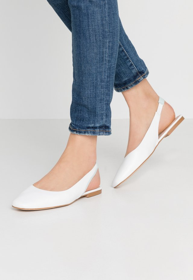 Slingback ballet pumps - white
