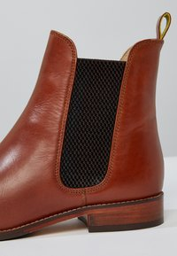 Tom Joule - WESTBOURNE - Classic ankle boots - brown - 6