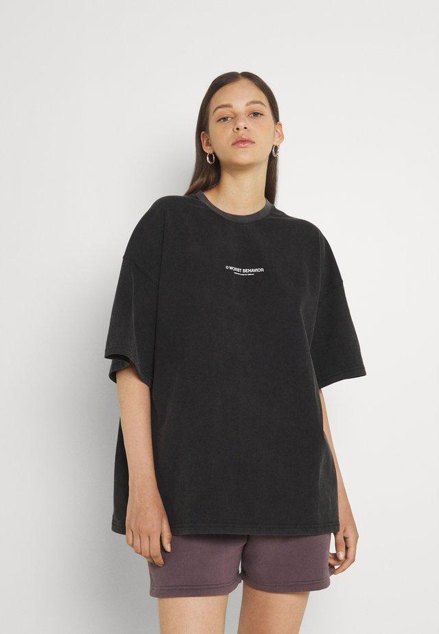 WIDE SHUT WOMEN - Print T-shirt - vintage black