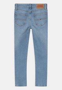 Tommy Hilfiger - SCANTON SLIM - Jeans Slim Fit - summer blue - 1