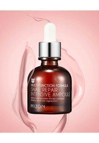 Mizon - SNAILREPAIR INTENSIVE AMPOULE - Serum - - - 3