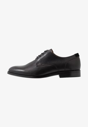RICMANN - Derbies & Richelieus - black