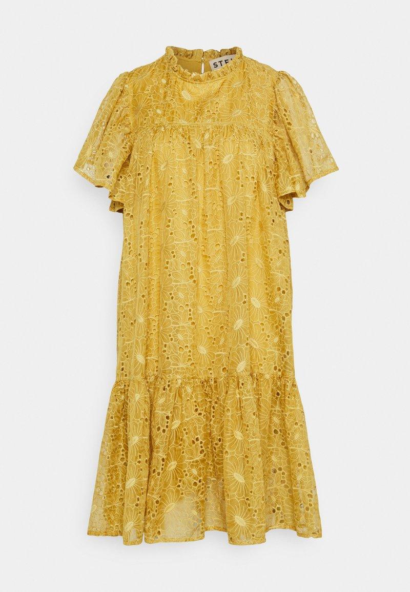 Stella Nova - Day dress - extra sandy yellow