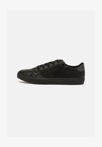 VEGAN CODECO - Zapatillas - black