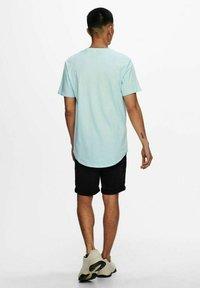 Only & Sons - ONSMATT - T-shirt - bas - blue glow - 2