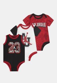 Jordan - 3 PACK UNISEX - Dárky pro nejmenší - black/red/white - 0
