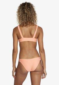 RVCA - Bikini top - coral - 2
