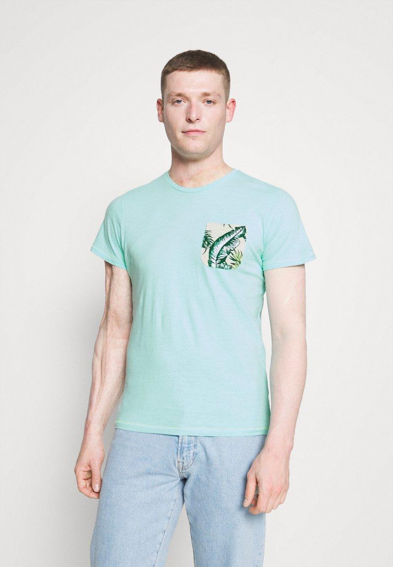 Petrol Industries - Print T-shirt - frosty blue