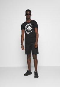 TOM TAILOR DENIM - Print T-shirt - black - 1