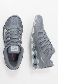 Nike Performance - REAX 8  - Sports shoes - cool grey/black/wolf grey - 1