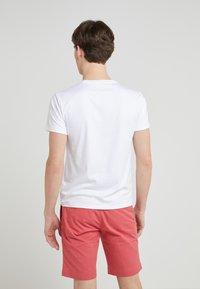 Polo Ralph Lauren - CUSTOM SLIM SOFT COTTON TEE - Basic T-shirt - white - 2