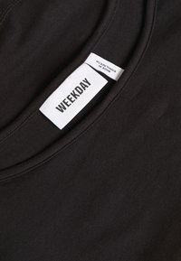 Weekday - EVETT SLIP SINGLET - Topper - black - 2
