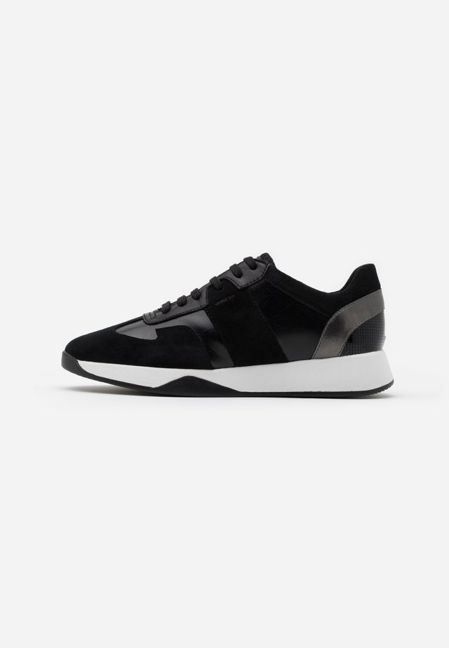 SUZZIE - Trainers - black