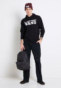 Vans - CLASSIC - Bluza z kapturem - black/white - 1