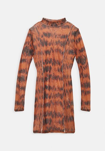 OVERLOCKED DETAIL MINI DRESS - Shift dress - brown