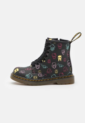 1460 HELLO KITTY & FRIENDS UNISEX - Lace-up ankle boots - black hydro