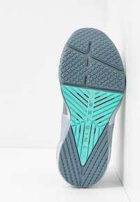 Under Armour - HOVR APEX - Treningssko - hushed turquoise/radial turquoise - 4