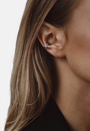 FLAT EAR CUFF - Earrings - silver