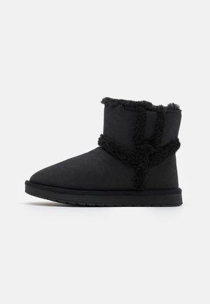 VEGAN WARMM - Bottes de neige - black