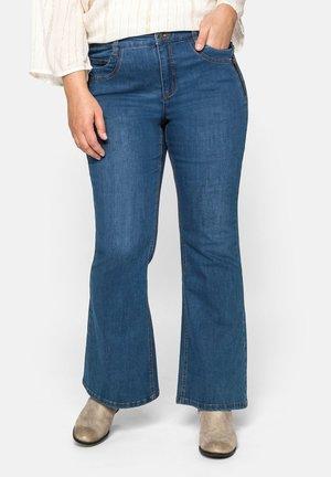Jeans a zampa - blue denim