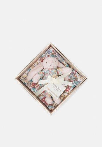 BEDTIME BLOSSOM BUNNY GIFT SET UNISEX - Cuddly toy - multicoloured