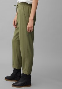 Marc O'Polo - MOD. KIBY - Tracksuit bottoms - natural olive - 4