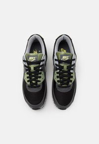 Nike Sportswear - AIR MAX 90 - Sneakers - oil green/light smoke grey/black/iron grey - 3
