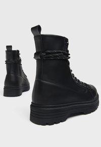 Bershka - Cowboy/biker ankle boot - black - 2