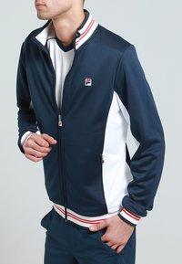 Fila - OLE FUNCTIONAL - Sportovní bunda - peacot blue - 3