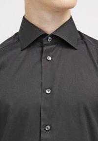Eton - SLIM FIT - Formální košile - black - 4