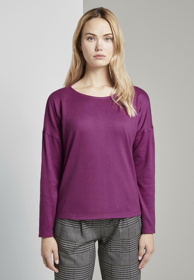 COZY TEE WITH CONTRAST BOW - Langærmede T-shirts - bright berry