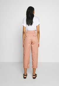 Topshop - CHARLEY  - Pantalones chinos - terracota - 2