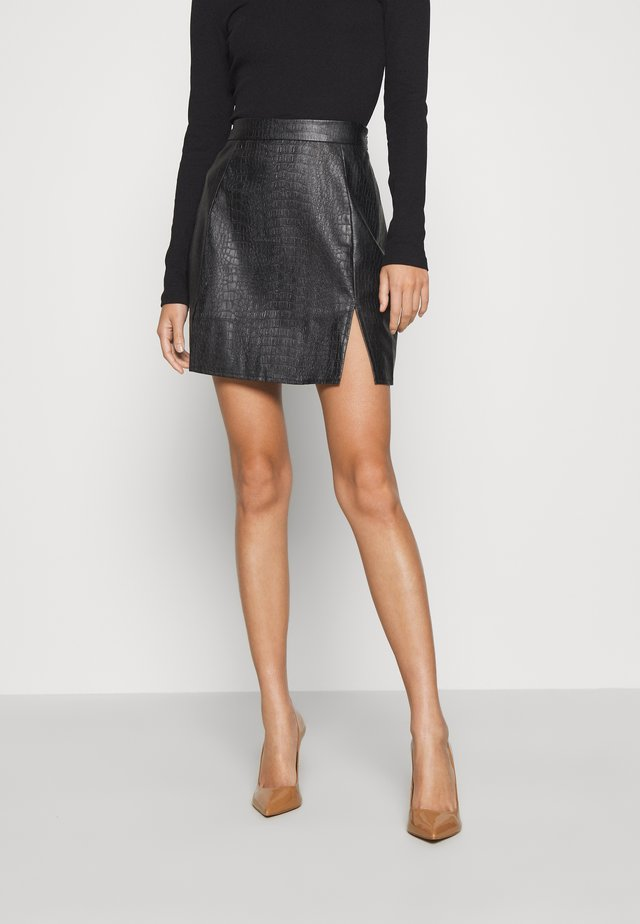 DOUBLE SPLIT CROC MINI SKIRT - Minigonna - black