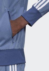 adidas Originals - FIREBIRD ADICOLOR PRIMEBLUE ORIGINALS - Training jacket - crew blue - 4