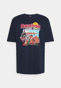 Reebok Classic - SOUVENIR TEE - Camiseta estampada - vector navy - 0