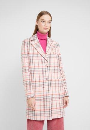Classic coat - powder patterned