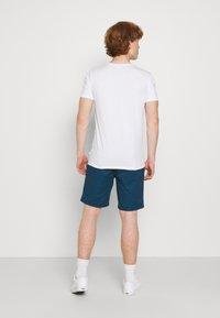 Scotch & Soda - STUART CLASSIC - Shorts - royal blue - 2