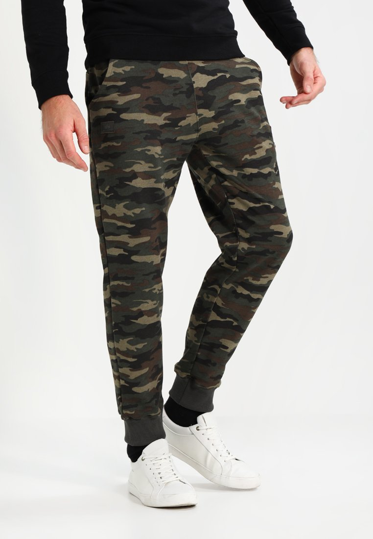 Alpha Industries - FIT PANT - Pantalon de survêtement - woodl. camo 65