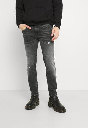 ANBASS AGED - Slim fit -farkut - black denim