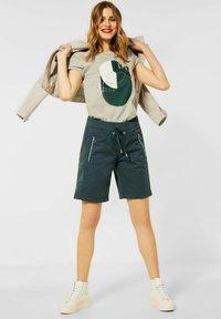 Street One - Shorts - grün - 1