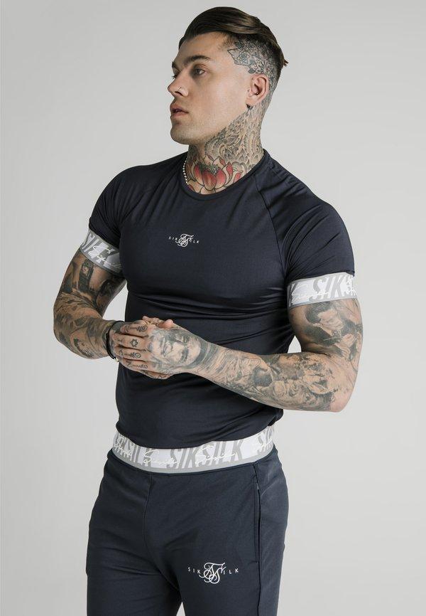 SIKSILK SCOPE TAPE TECH TEE - T-shirt z nadrukiem - navy/granatowy Odzież Męska TCPW