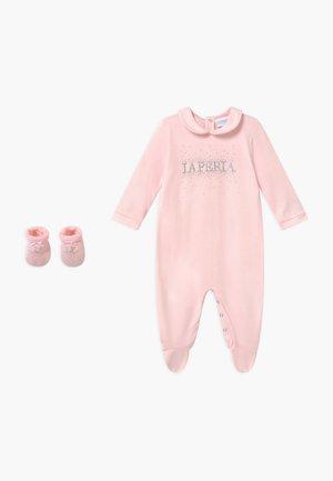 GIFT-BOX SET - Fødselsgave /Dåbsgaver - rosa
