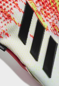 adidas Performance - PREDATOR 20 PRO FINGERSAVE GOALKEEPER GLOVES - Goalkeeping gloves - white - 2