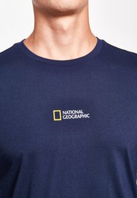 National Geographic - MIT PRINT - Long sleeved top - navy - 2