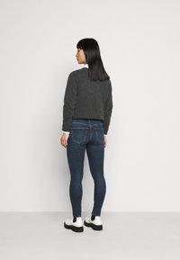 Vero Moda Petite - VMSEVEN  - Slim fit jeans - dark blue denim - 2