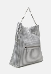 KARL LAGERFELD - KUSHION FOLDED TOTE - Tote bag - silver - 3