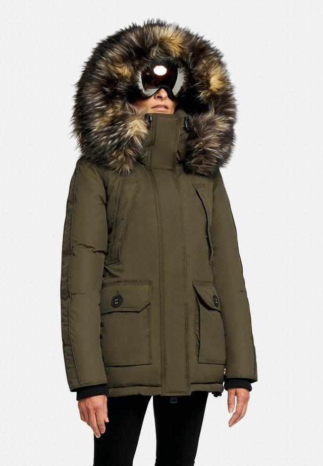 MOUNTAIN CLASSIC - Gewatteerde jas - khaki